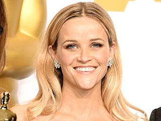 See How Reese Witherspoon Got Ready for Oscar Night in This Exclusive Beauty Diary