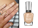 7 Tips For Finding Your Perfect Nude Nail Polish