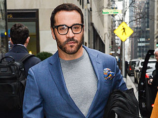 Jeremy Piven Channels Notorious B.I.G. for an Epic Freestyle