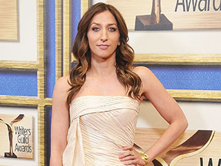 Chelsea Peretti Reveals Why Andy Samberg Doesn't Like Dogs