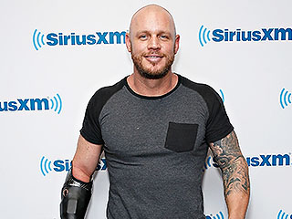 Shark Week's Paul De Gelder Shares His Inspiring Message to North Carolina Shark-Bite Victims