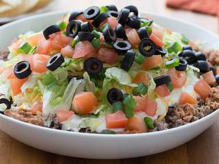 Hungry Girl: The Healthy 8-Layer Dip You Need to Make for Super Bowl Sunday