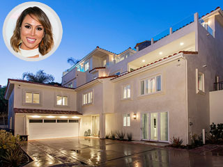 RHOC's Kelly Dodd Gives a Tour of the Home She 'Sunk a Million Dollars Into,' Now Asking $6.25 Million