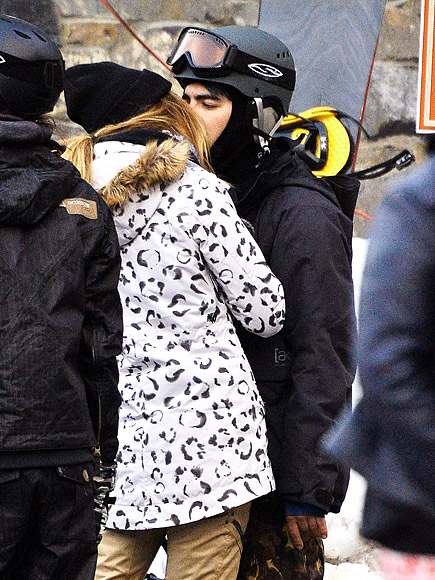 Joe Jonas Kisses Model Jessica Serfaty at Mammoth Lakes Ski Resort