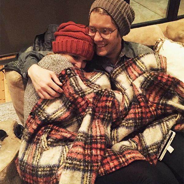 Miranda Lambert and Anderson East Cuddling: Photo