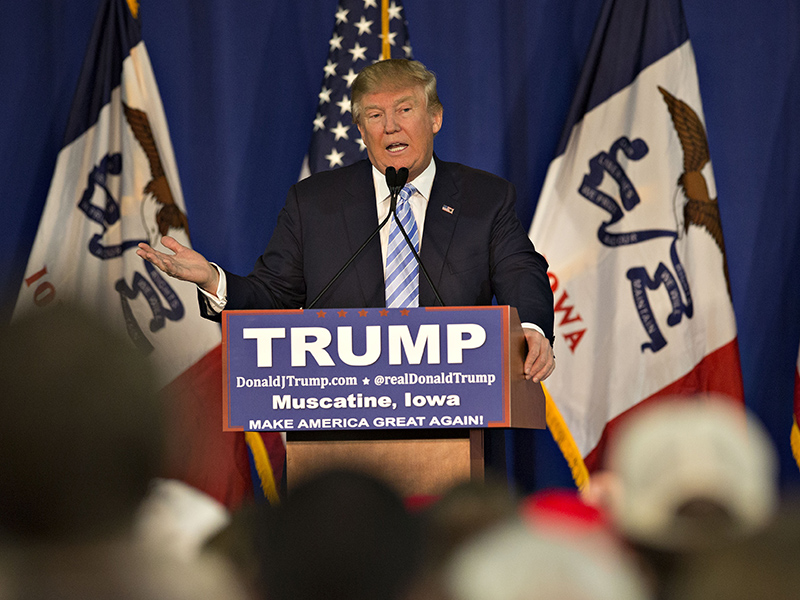 Donald Trump Refuses to Disavow KKK Leader David Duke, Blames Bad Earpiece