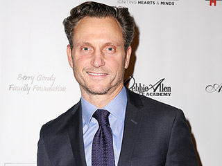 Tony Goldwyn Teases Scandal's Winter Premiere: 'Fitz Is Alone Really for the First Time in His Life'