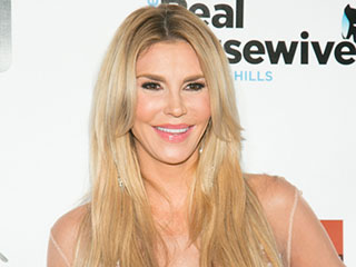 Brandi Glanville Shows Off in '70s Vibe Belfie: 'For Me and All Moms Everywhere'