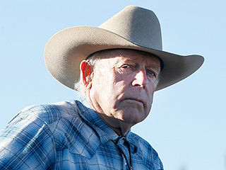 Cliven Bundy, Father of Oregon Militia Leader Ammon Bundy, Is Arrested in Portland