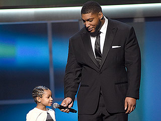 VIDEO: Devon Still's Daughter, 5, Presents NFL Comeback Award After Beating Her Own Cancer Diagnosis