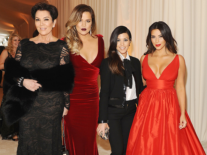 Oscars 2016: Kris Jenner Shares an Oscars Flashback with Her Daughters