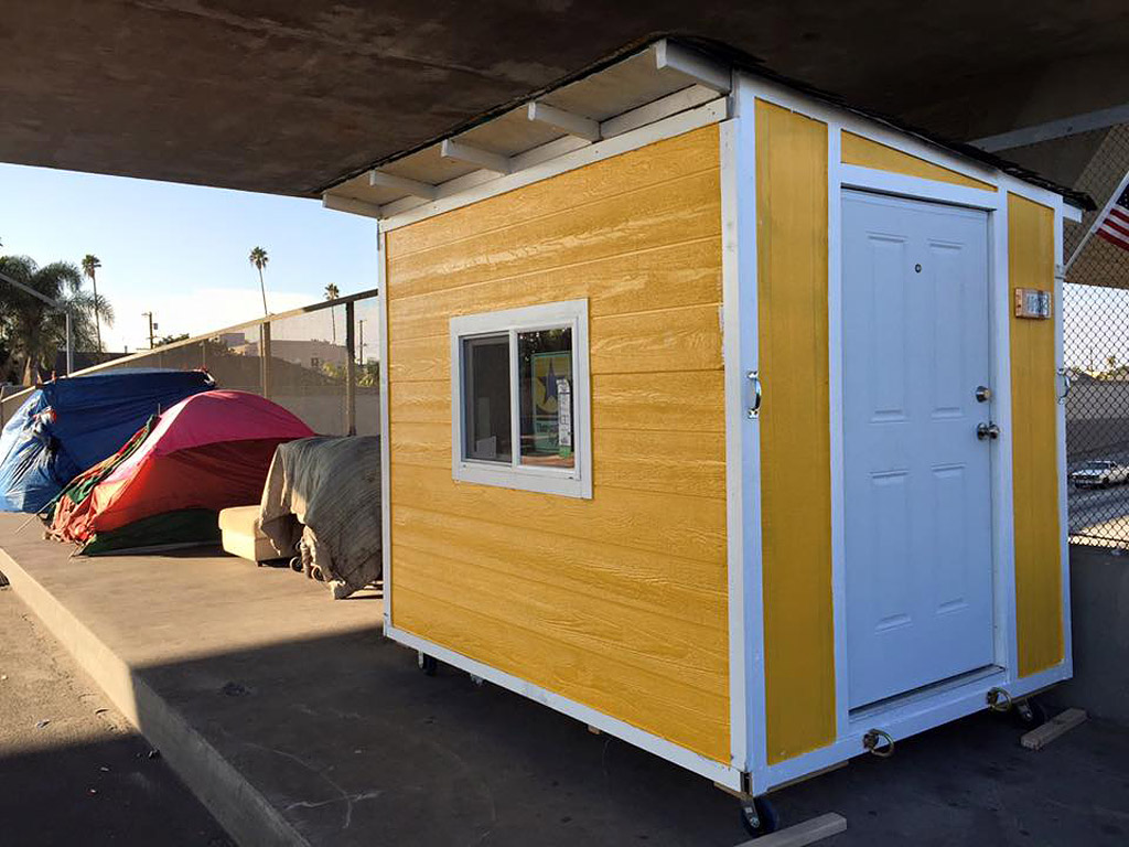 L.A. Orders Removal of Tiny Houses Built for the Homeless