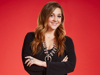 Watch Alisan Porter and Lacy Mandigo Face Off on The Voice (Video)