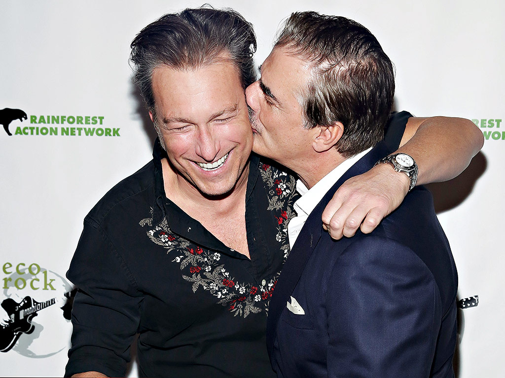 Sex and the City Reunion: Chris Noth and John Corbett Share a Kiss