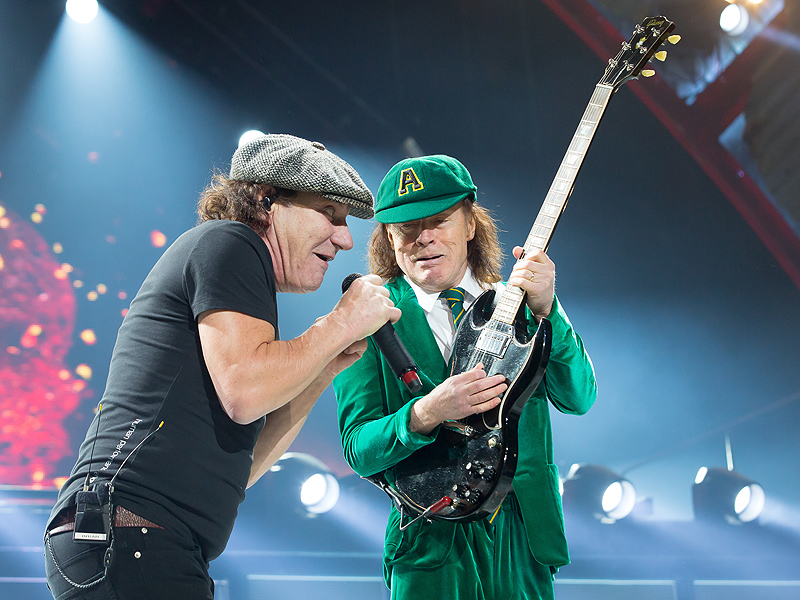 AC/DC Postpone U.S. Tour Over Brian Johnson Hearing Loss Risk