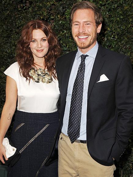 Gallery For > Drew Barrymore First Wedding Dress Drew Barrymore Divorce