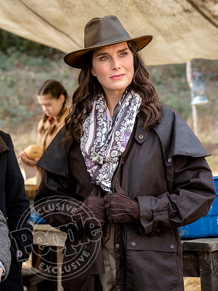 Brooke Shields Plays a Frontier Woman in When Calls the Heart