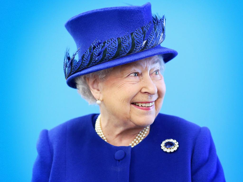 Queen Elizabeth Launches New Web Site