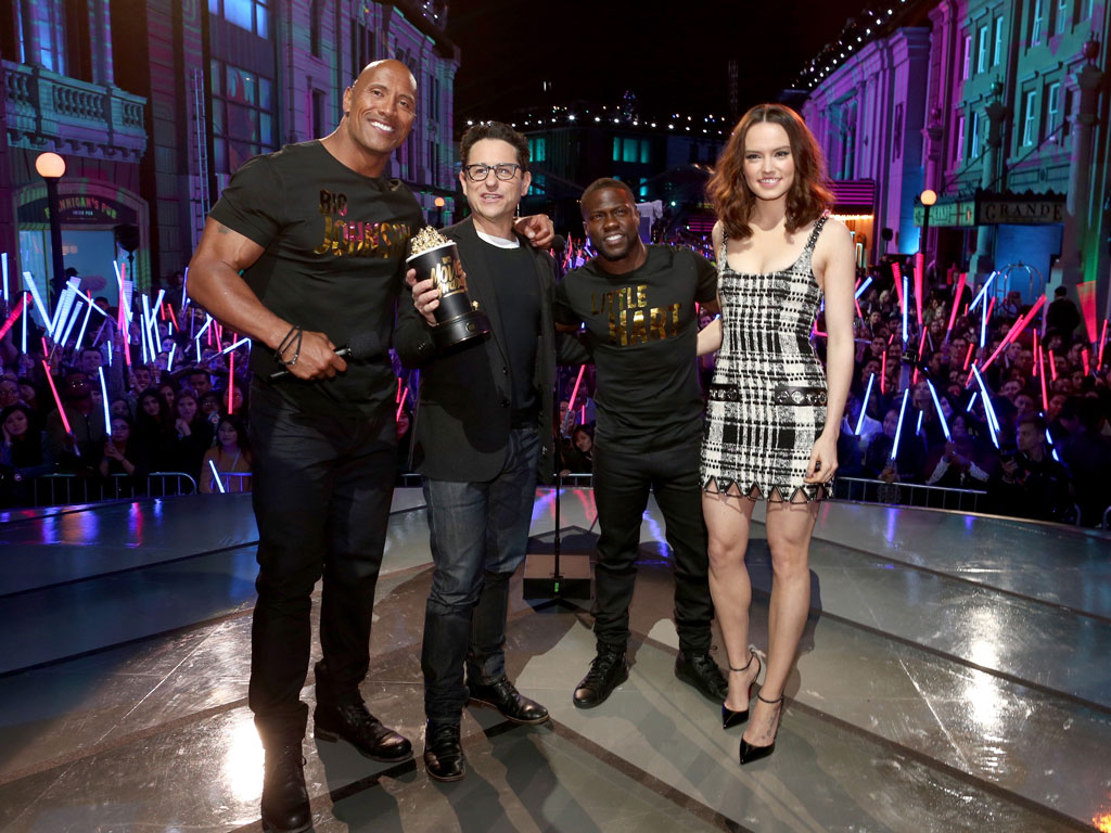 MTV Movie Awards 2016: Star Wars: The Force Awakes Wins Movie of the Year