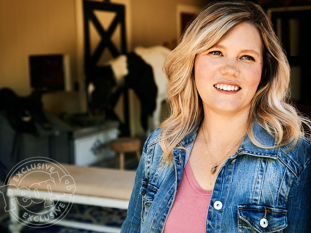 jaycee dugard Learn more about jaycee lee dugard, who was kidnapped for 18 years and had two daughters with her captor.