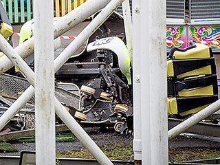 9 Children and 2 Adults Injured After Scottish Rollercoaster Flies Off Its Tracks, Landing on Children's Ride