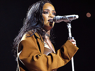 Pokémon Go Has Taken Over Beyoncé and Rihanna Concerts: 'I Don't Want to See You Catching Any Pokémons!' Rihanna Tells Crowd