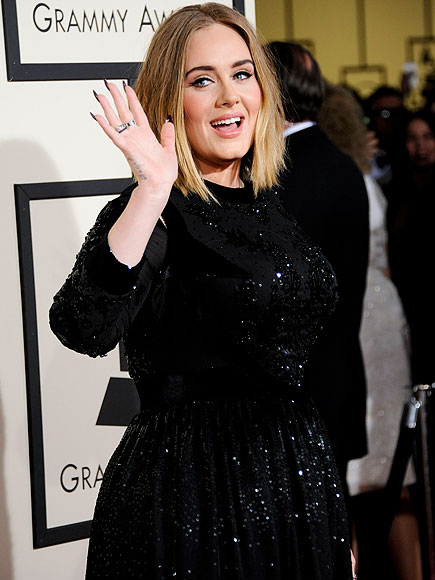 Adele Enjoys Boston with Son Angelo : People.com