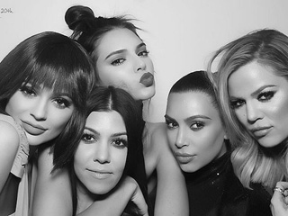 12 Invaluable Pieces of Dating Advice Courtesy the Kardashians