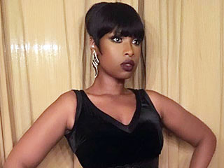 Jennifer Hudson Channels Naomi Campbell in a Sexy Ultra-Short Mini Dress
