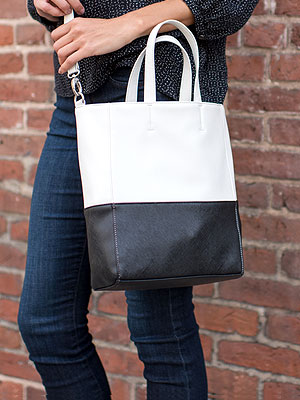 Mini Totes Are Having a Major Style Moment