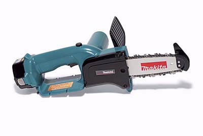 Makita UC120DWD chain saw