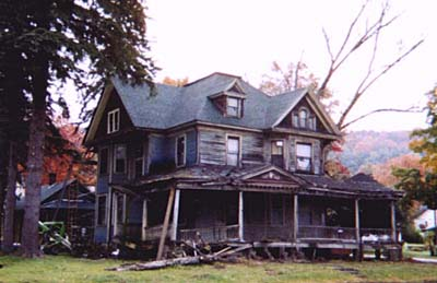 Victorian in Pennsylvania before major makeover
