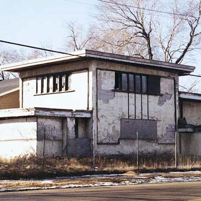 Frank Lloyd Wright home destroyed by fire