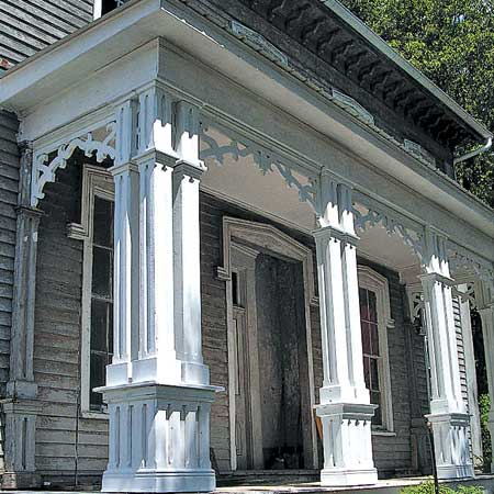 Italianate porch before renovation