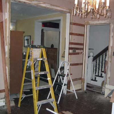Queen Anne Revival living room before remodel