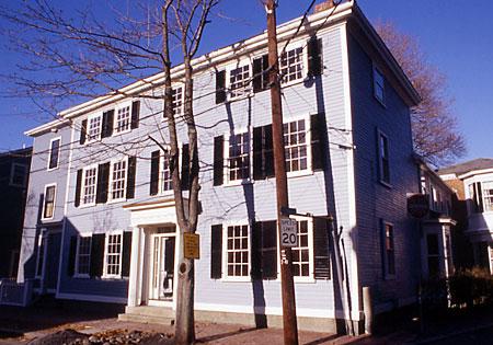 Federal style house Adam Adamesque
