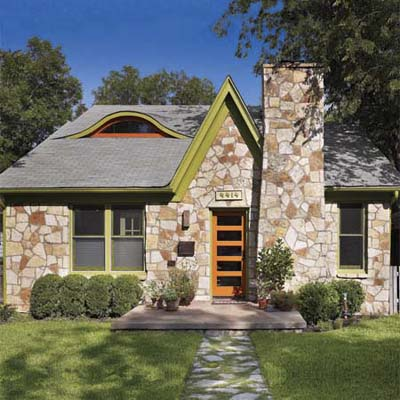 exterior of cottage remodel in Austin, TX