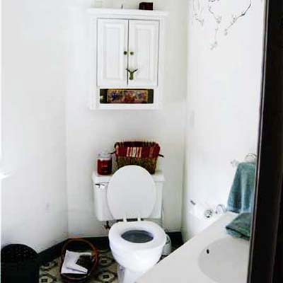 Matching a Queen Anne Beauty Bathroom Remodel: Before