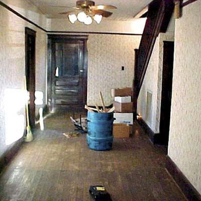 bungalow's large hallway before remodel