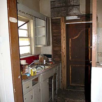 kitchen in craftsman bungalow before reader remodel