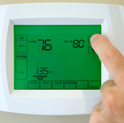 hand setting thermostat above seventy eight degrees