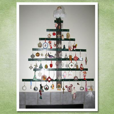 diy christmas tree hung on wall