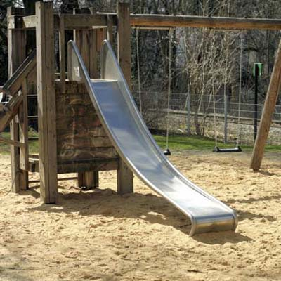 outdoor swing set cushioned with sand