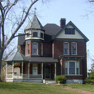 example of a best old house in the neighborhood of harrodsburg kentucky