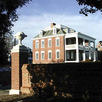 example of a best old house in the neighborhood of maryland