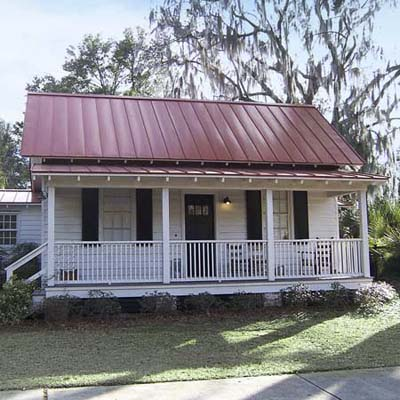 example of a best old house in the neighborhood of northwest quadrant beaufort south carolina