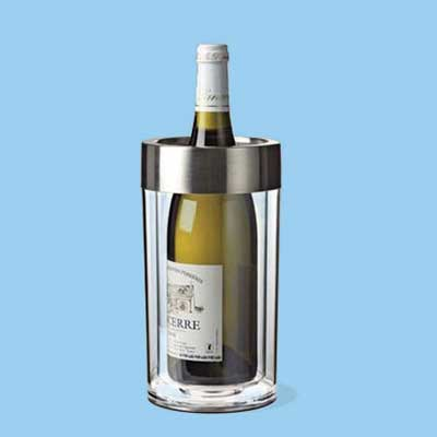 an insulated acrylic wine bottle holder to keep wine cool without using ice