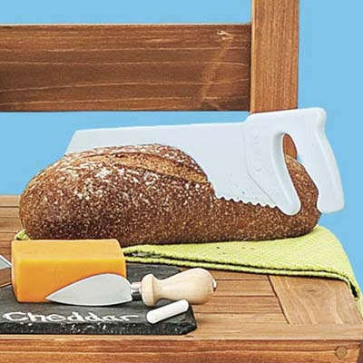 cake saw cutting bread loaf