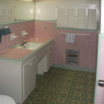 outdated pink bathroom