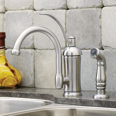 traditional style kitchen faucet